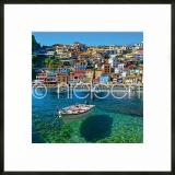 "Thumbnail von Gerahmtes Bild ""Parga Boat Greece"" mit Alurahmen C2"