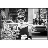 "Thumbnail von Gerahmtes Bild ""Audrey Hepburn"" mit Alurahmen Alpha"