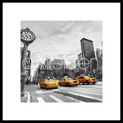 "Gerahmte Kunst ""New York Taxi"" mit Alurahmen C2"