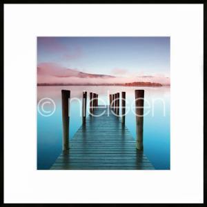 """Gerahmtes Bild """"Footbridge blue and red"""" mit Alurahmen C2"""