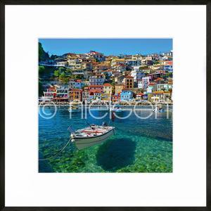 "Gerahmtes Bild ""Parga Boat Greece"" mit Alurahmen C2"