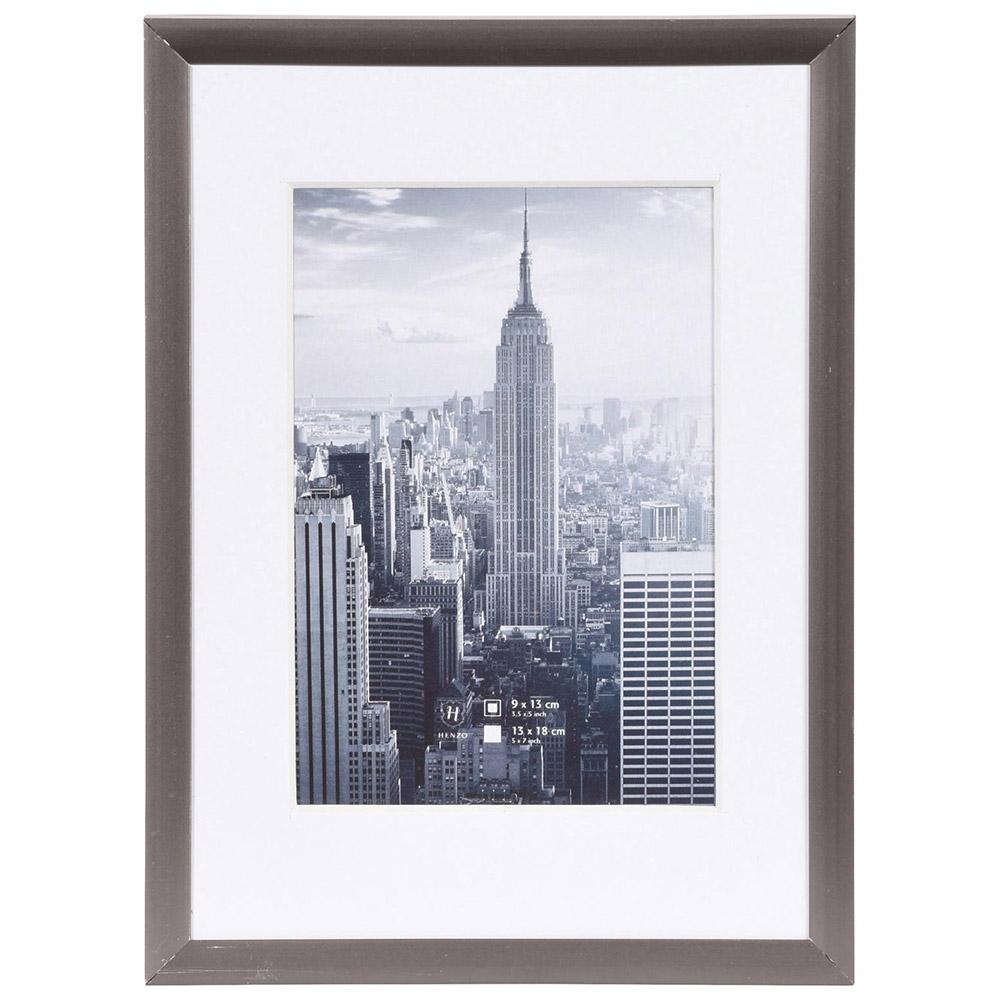 Alurahmen Manhattan mit Passepartout dunkelgrau