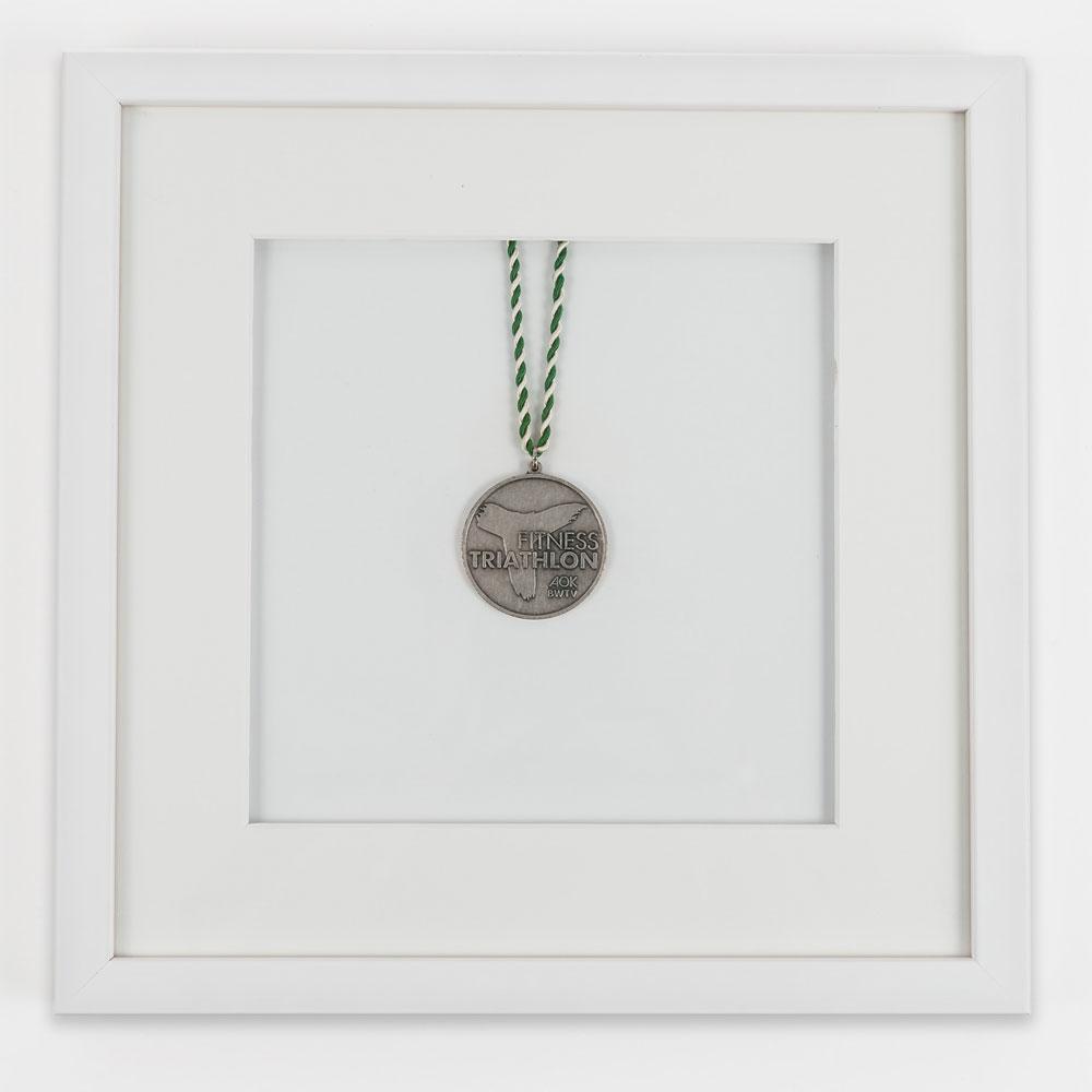 Mira Medaillenrahmen 30x30 cm, weiß 30x30 - weiß | AllesRahmen.de