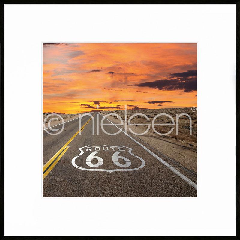 "Gerahmte Kunst ""Route 66"" mit Alurahmen C2"