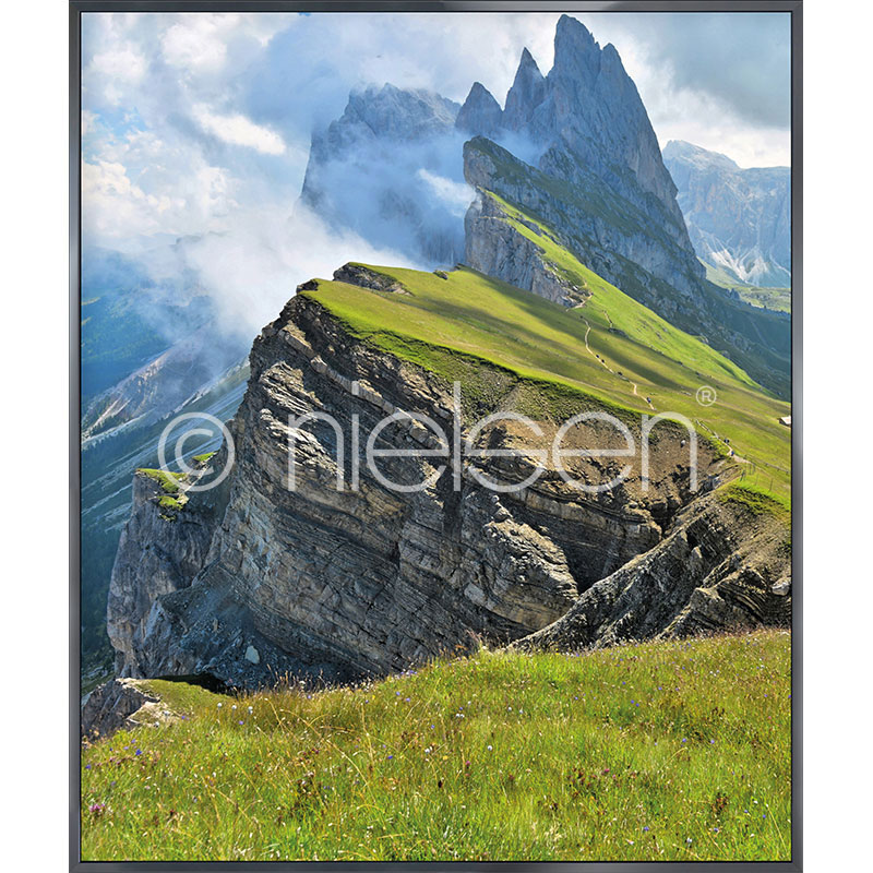 """Gerahmte Kunst """"Mountain Range"""" mit Alurahmen Alpha"""