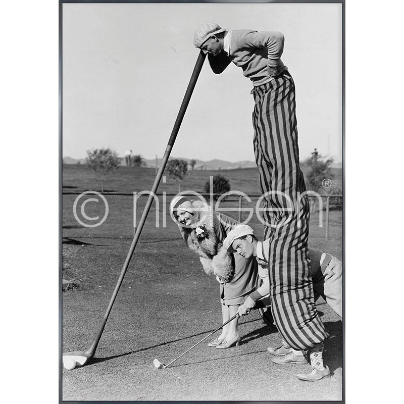 """Gerahmte Kunst """"Golfer"""" mit Alurahmen Alpha"""